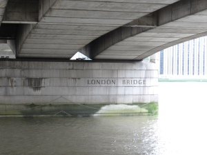 Under the London Bridge