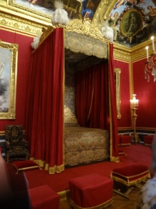 Louis XIV bedchamber in 1701 where he died in 1715 after reigning for 72 years - and only bathing 3 times in his life.  he felt it was unhealthy!